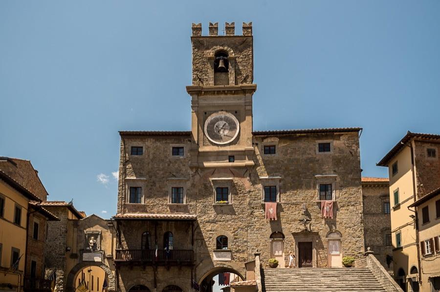 A stunning wedding in Cortona - Palazzo Comunale