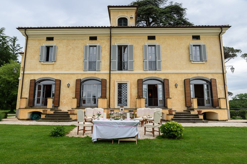 Italian summer outdoor weddings