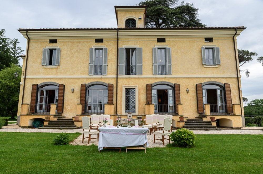 Italian summer outdoor weddings