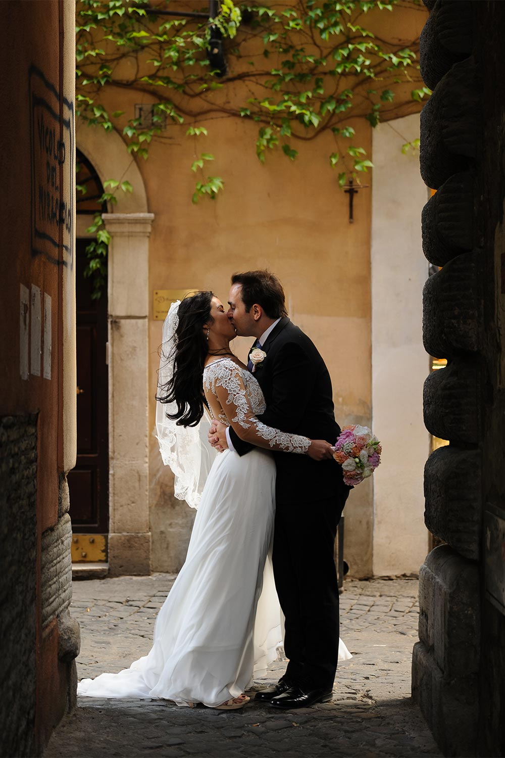 elope to Rome Rome wedding