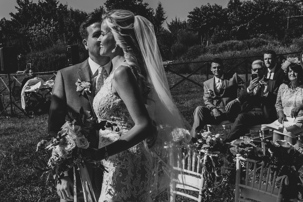 wedding couple in Assisi Umbria Italy
