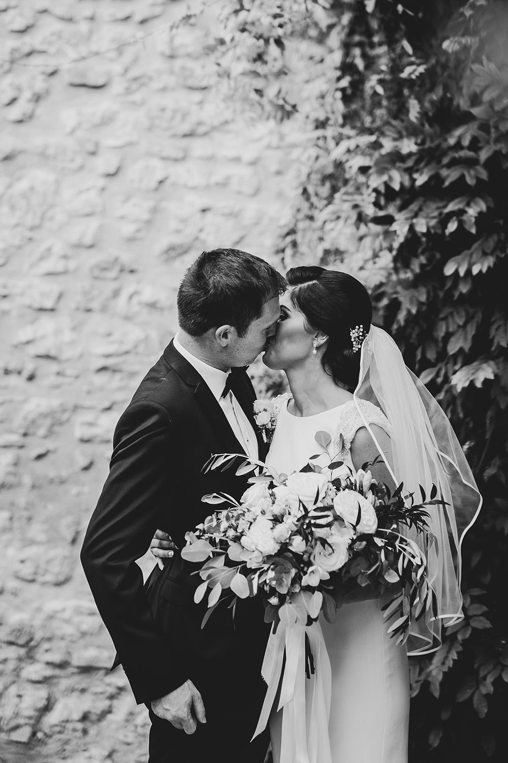 wedding at castello di montignano in umbria